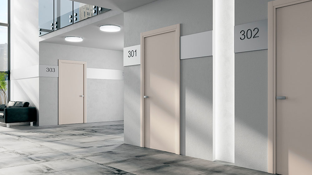 porta-tagliafuoco-1000-w_0003_Cena 04_Liscia_LACCATO RAL 9001 e Alluminio_Maniglia Cromo Opaco